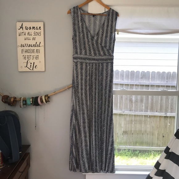 Talbots Dresses & Skirts - Talbots Faux Wrap Maxi Dress 💫 Medium